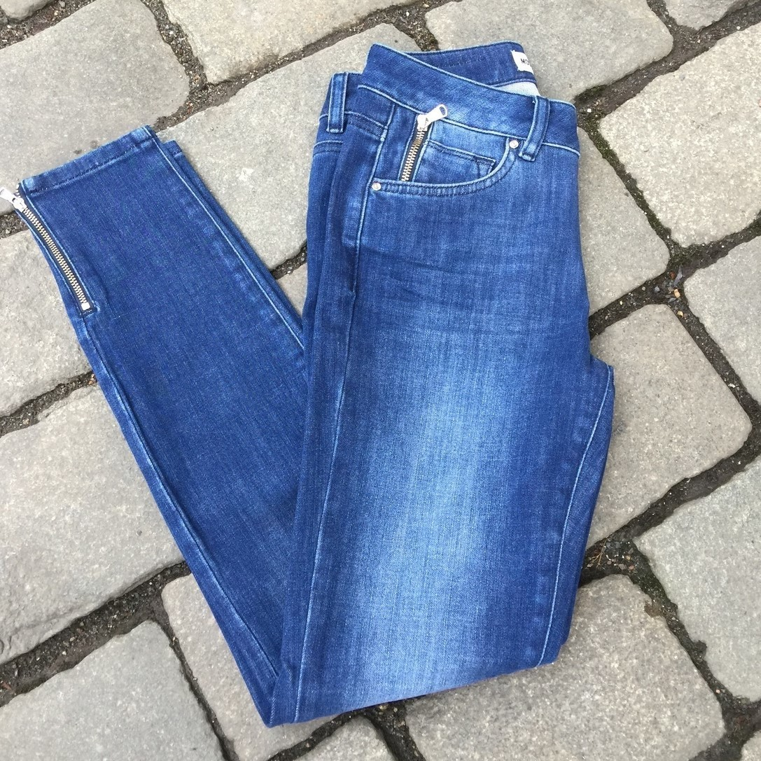 Smal 7/8 jeans med glidelås ved lomme og nederst Mos Mosh - 117870 victoria freedom - blue denim (nydelig denimfarge)