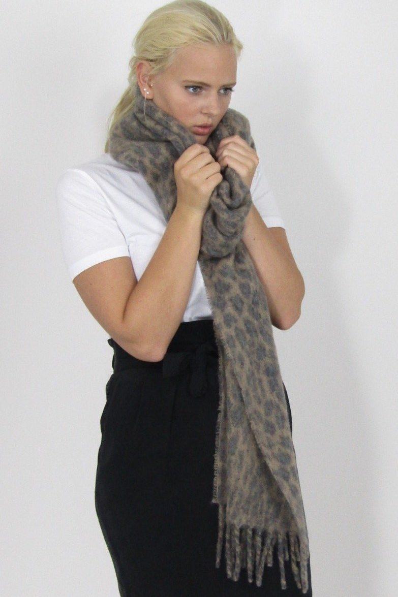 Camelgrå eller grå leopard ullmiks skjerf Becksöndergaard - 722001 Racie