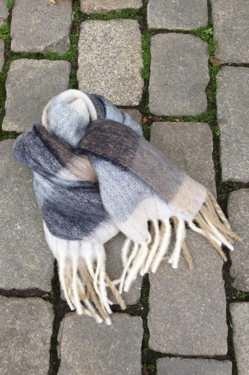 Gråblå ullmiks skjerf Becksöndergaard - 694001 michelia